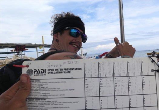 Leer te assisteren bij IDC's met de Staff Instructor cursus op Bali