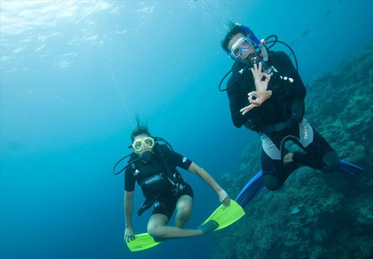 Feel weightless with the PADI peak performance Buoyancy course