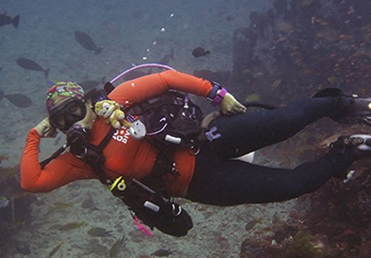 fine-tune your skills with the PADI Peak Performance Buoyancy Course
