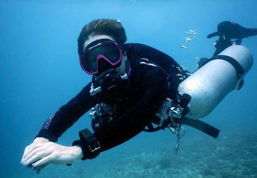 Learn to dive PADI Sidemount in Bali