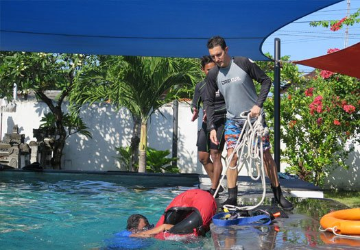 2 day rescue diver course from PADI in Bali