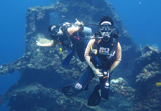 Discover wrecks with the PADI Wreck Diver Course in Bali